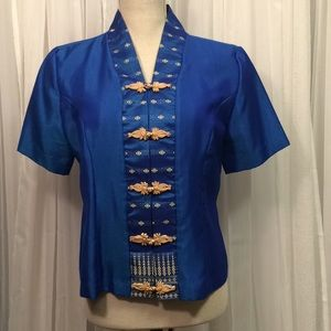 Vintage Asian Mandarin Collar Blue and Cream Top